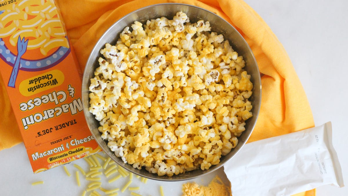 Season Popcorn With Macaroni and Cheese Powder