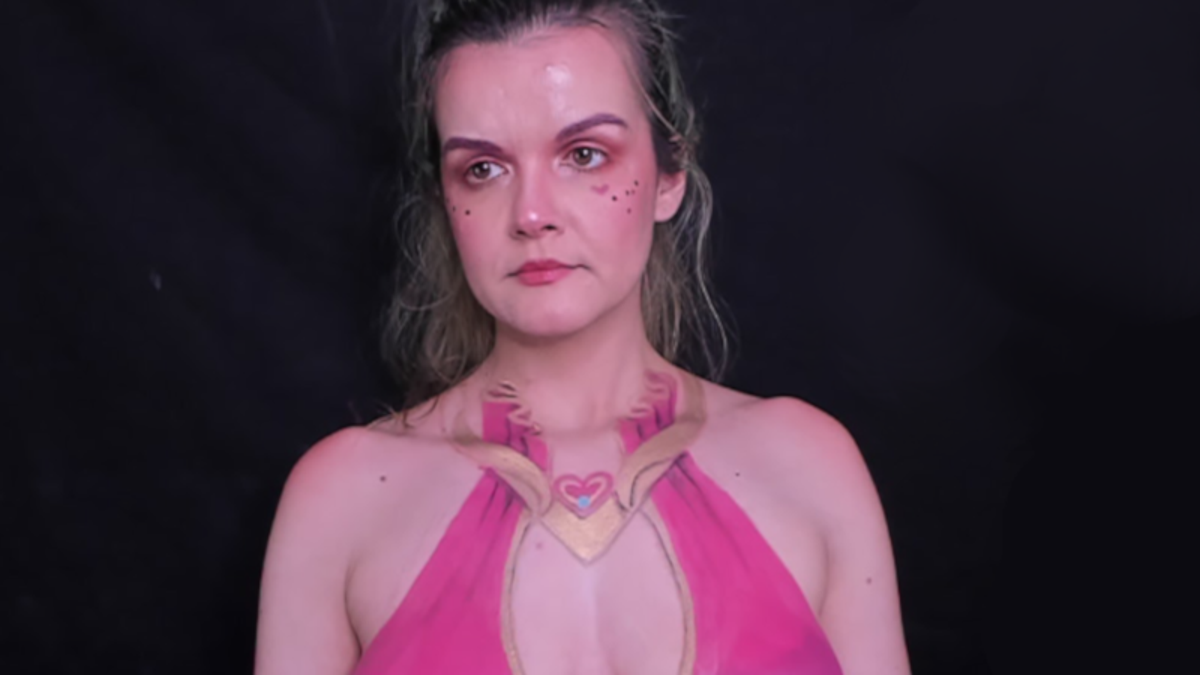 Twitch has reinstated body painting streamer Forkgirl's account after indefinitely suspending it las - Kotaku