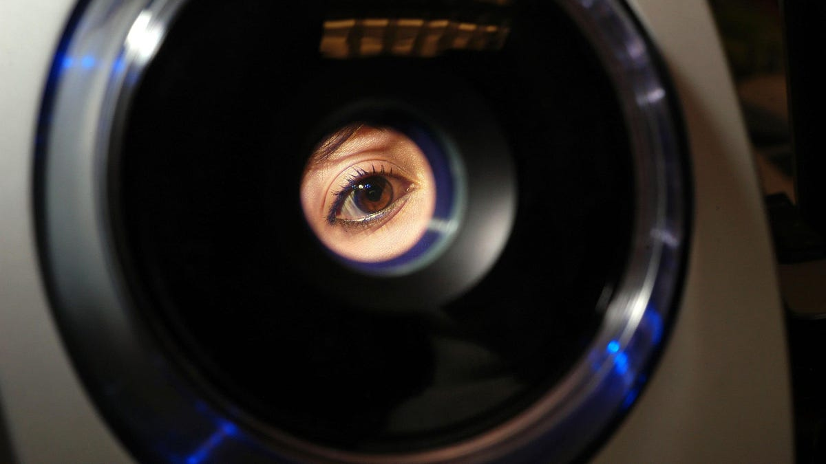 Survivors of Severe Covid-19 Should Get Their Eyes Checked, Study Suggests - Gizmodo