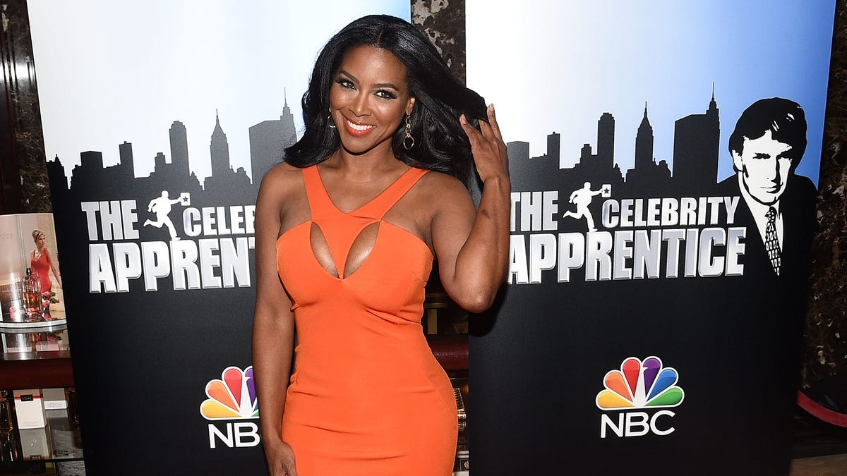 Kenya Moore Defended, Then Apologized for Wearing a 'Native American Headdress' As a 'Costume'