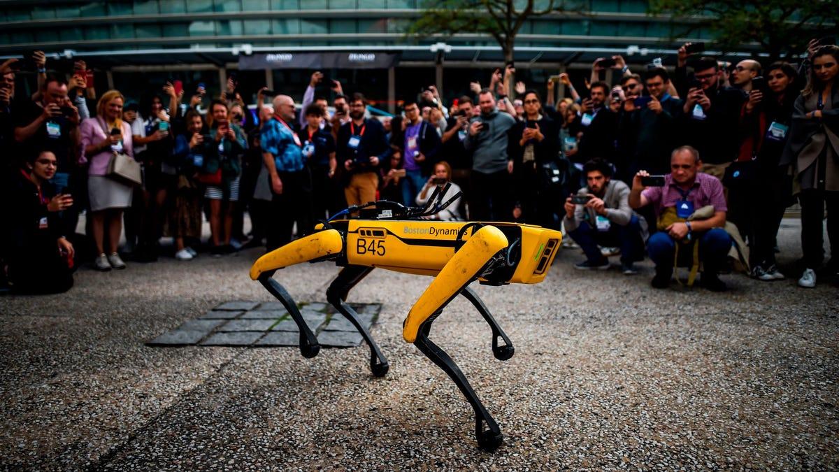 NYPD Puts Down Its Godforesaken Robot Dog thumbnail
