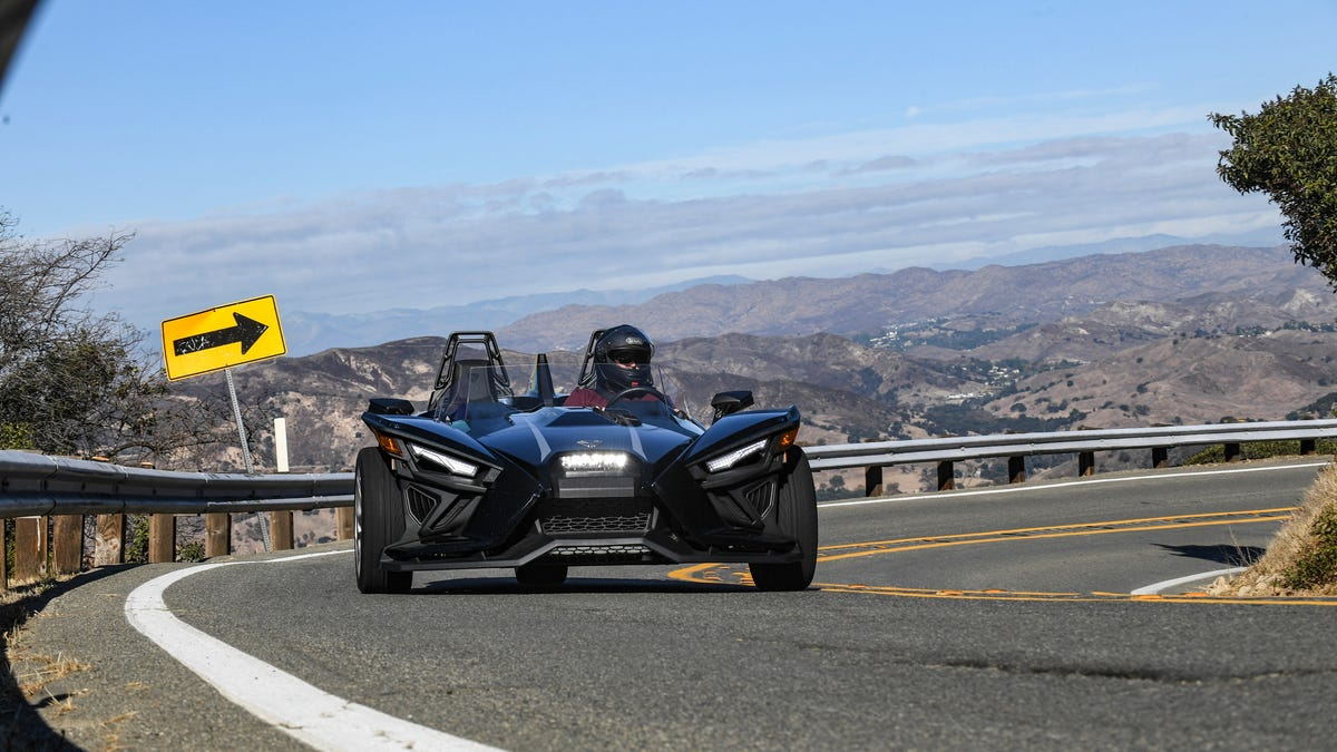 The 2021 Polaris Slingshot Is More Of A Throwback Sports Car Than Any Miata Has Ever Accomplished