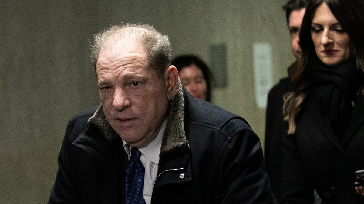 Weinstein Verteidiger Fleht Jury Zu Erinnern, Wie Viel Spaß 'Pulp Fiction' Ist