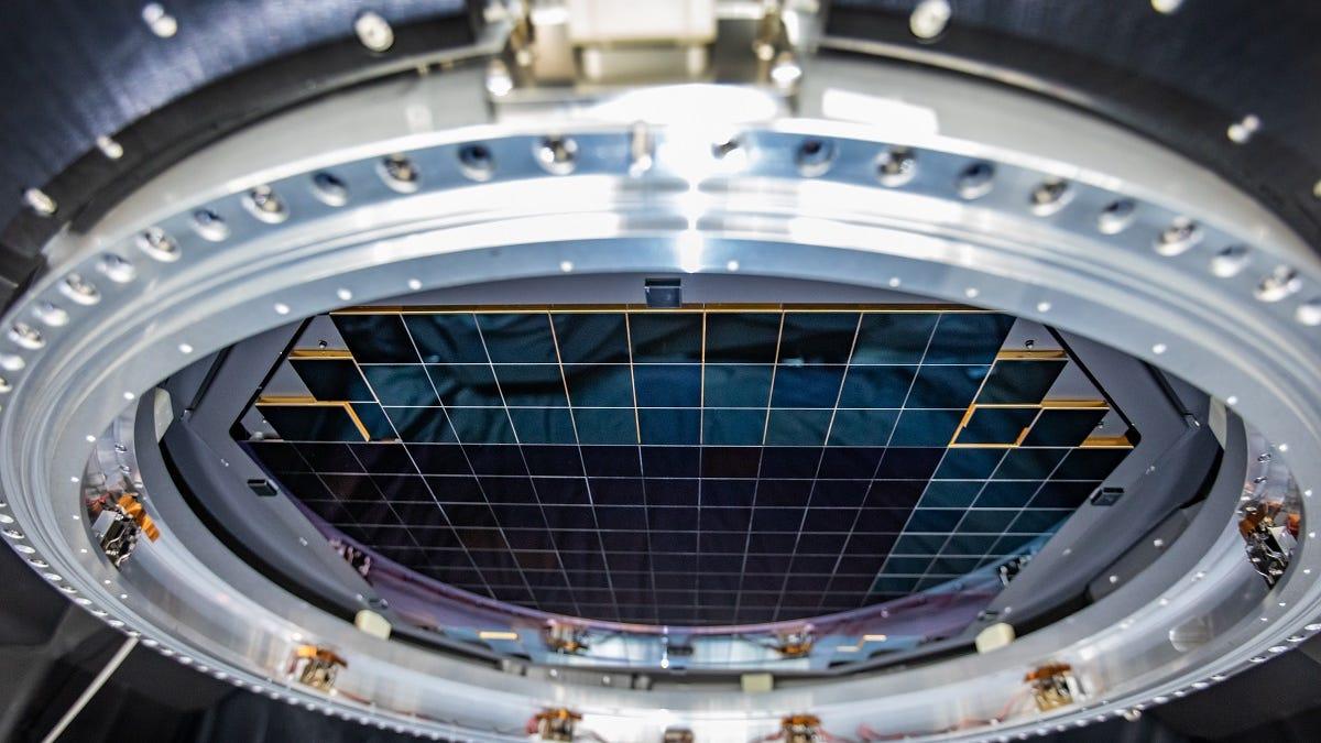 Gigantic Camera Snaps First-Ever 3200-Megapixel Digital Photos – Gizmodo
