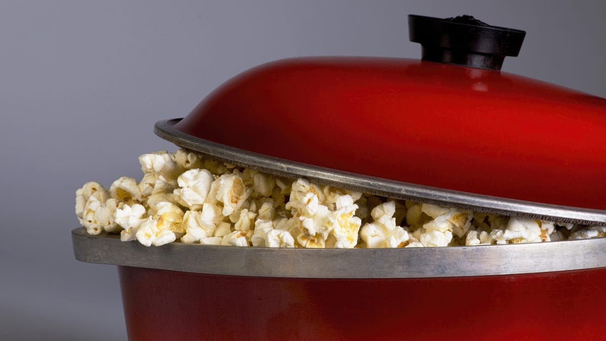 You Don't Have to Preheat Your Popcorn Oil