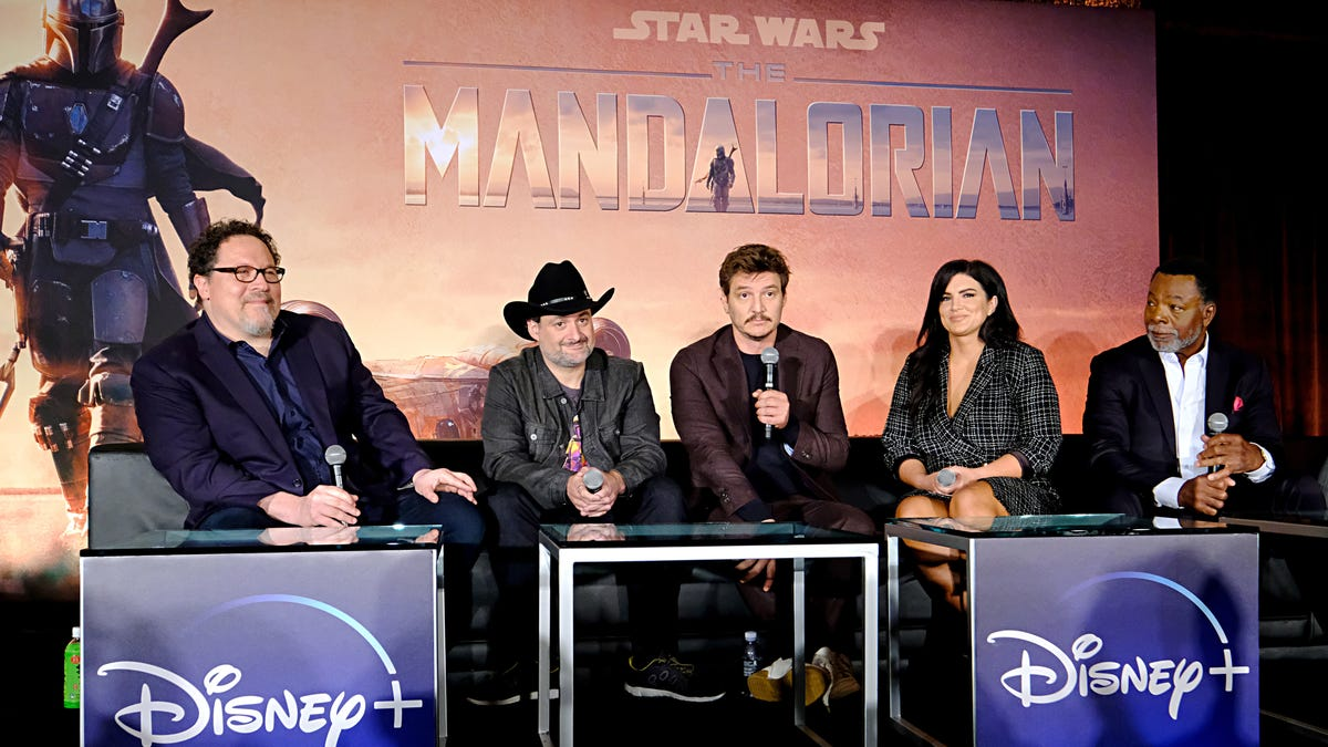 Season 2 of The Mandalorian Should LEGALLY Be All About Baby Yoda