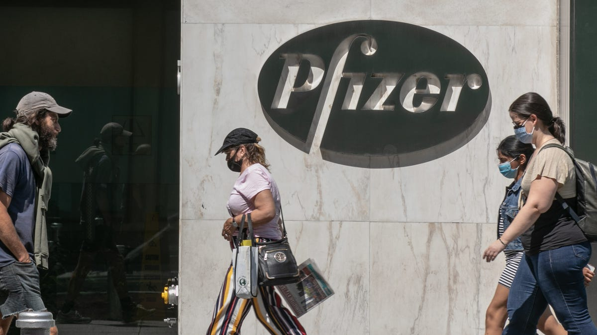 Pfizer Says Coronavirus Vaccine Could Be Ready for FDA Review by End of November