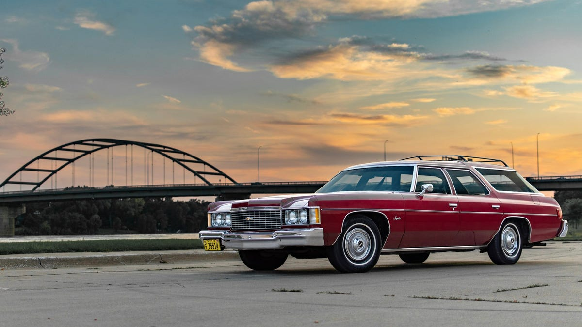 Your Classic Chevy Impala Wagon Wallpaper Is Here