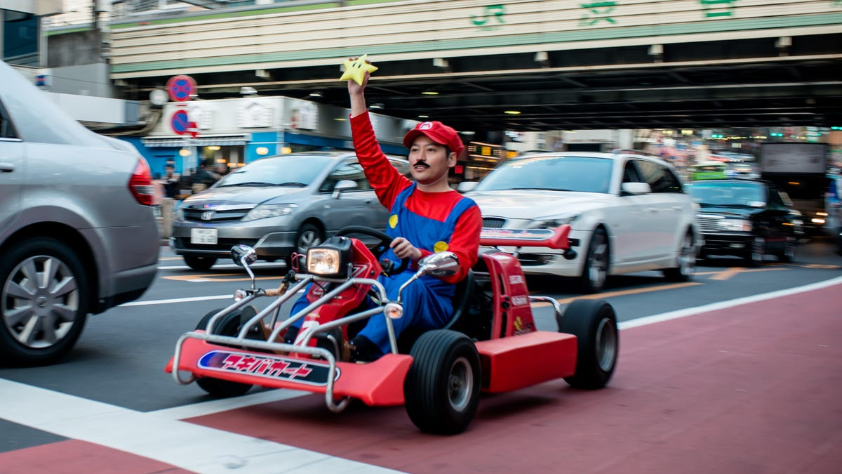 Nintendo's new mobile Mario Kart Tour game isn't as awful as it wants you to think