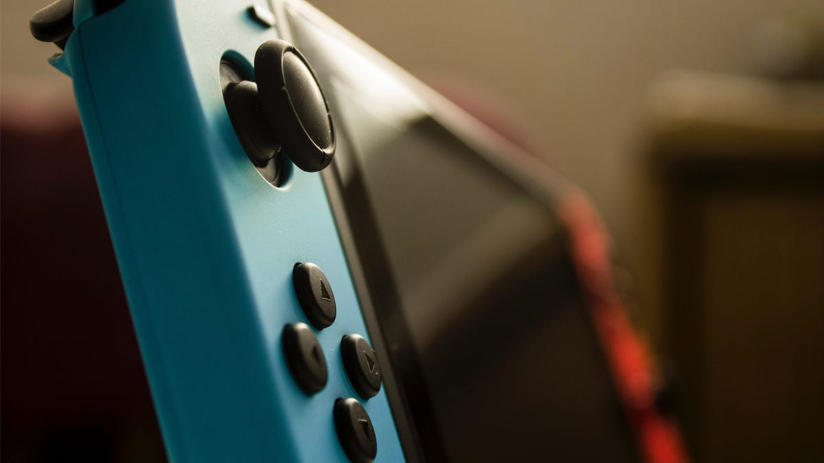 Turn Your Switch Into An Even Better Gaming Handheld With These Accessories