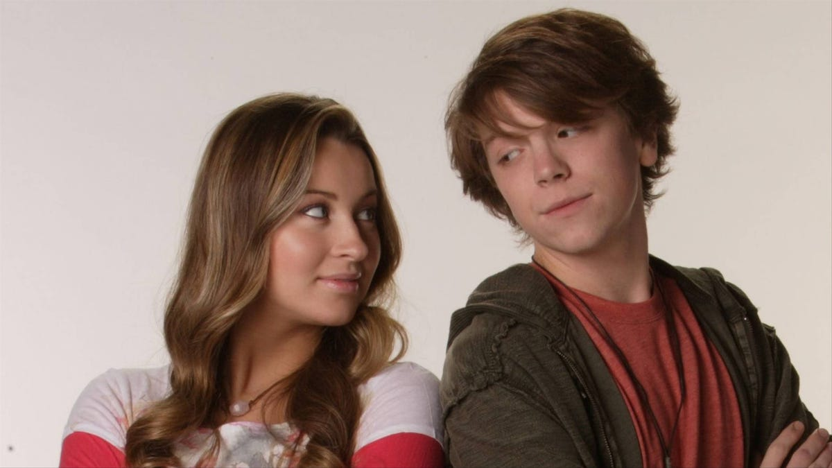 Disney's Life with Derek Stars Have Always Known How Horny and Borderline Incestual That Show Was