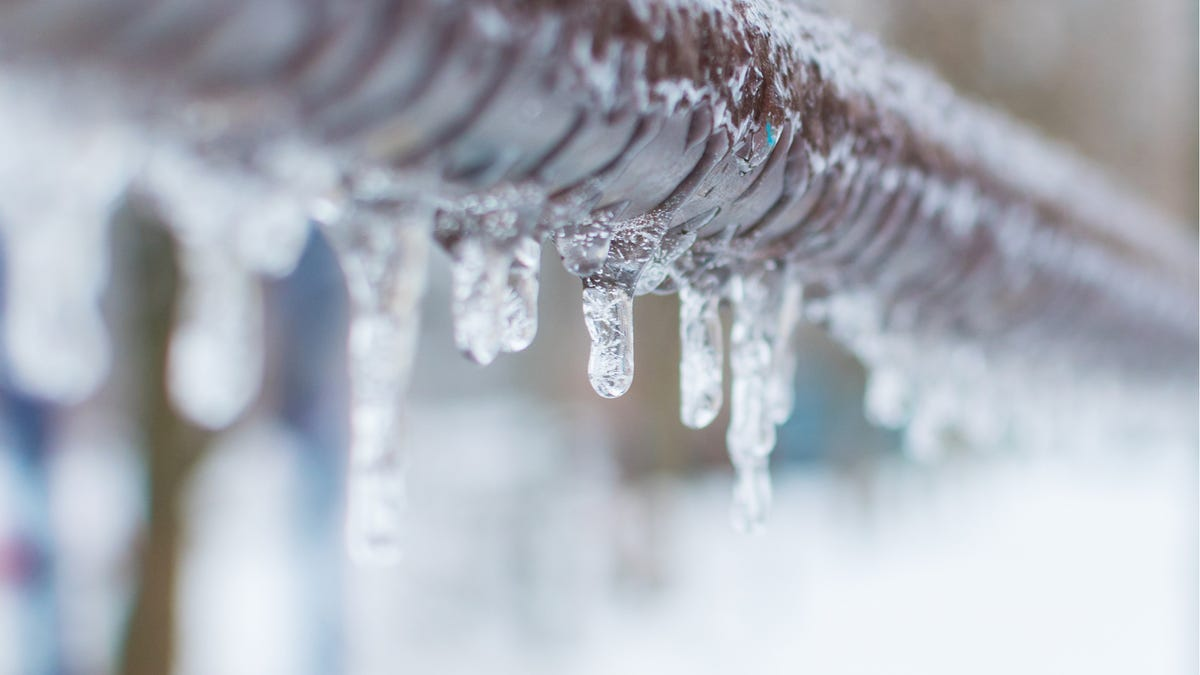 Defrost Your Frozen Pipes with Saltwater