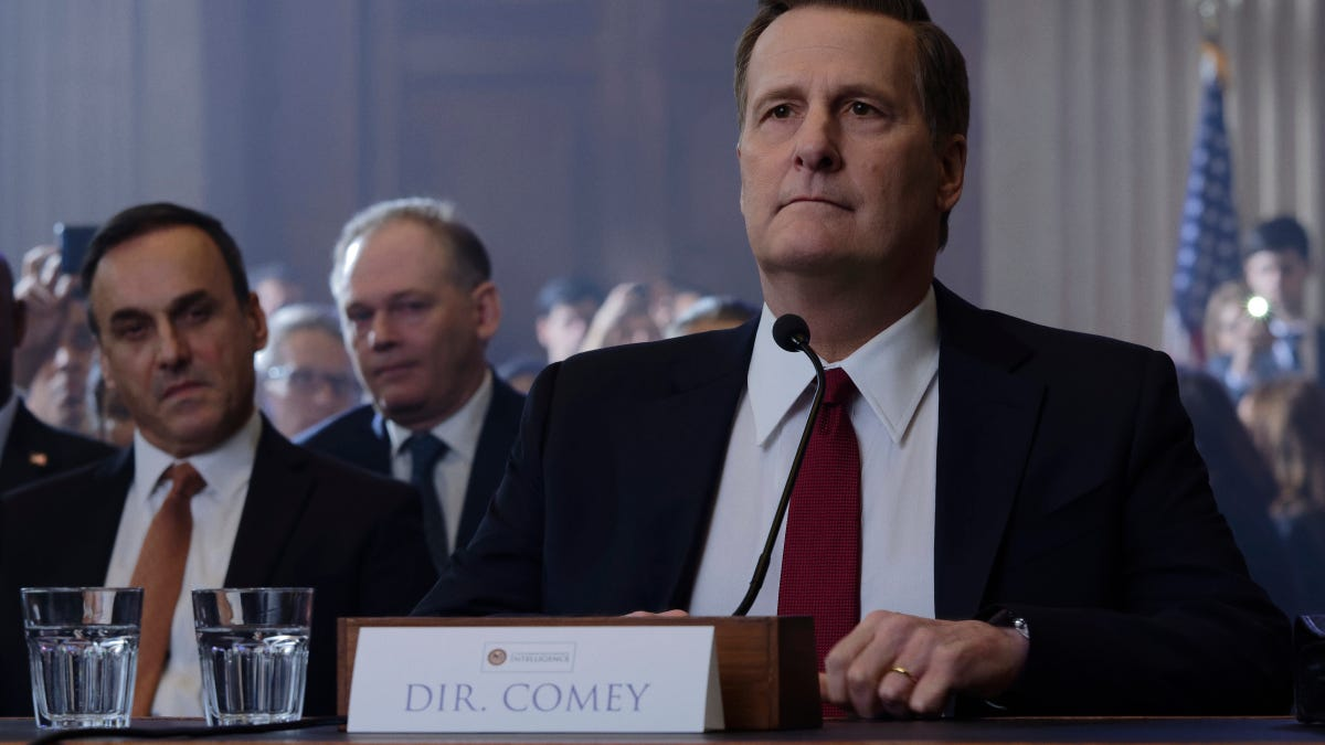 """Jeff Daniels and Billy Ray didn't want The Comey Rule to be """"a Hollywood liberal hit job"""" thumbnail"""