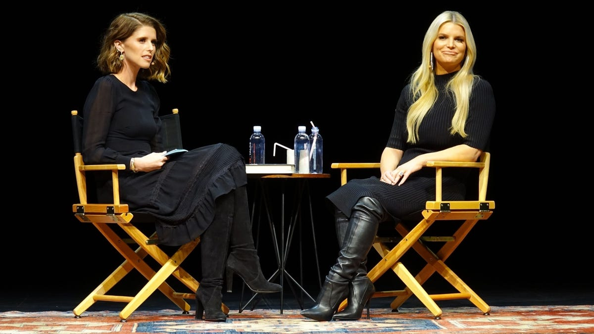 Jessica Simpson Thinks God Is 'Stronger' Than Animal Rights Activists Protesting Her Book Tour