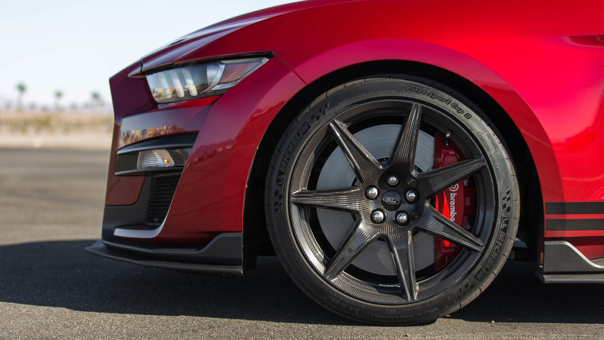 The Most Revolutionary Thing About The Ford Mustang Shelby GT500 May Be The Carbon Fiber Wheels