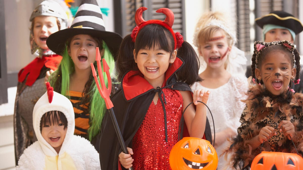 Last Call: Alternative trick-or-treating methods for Halloween 2020