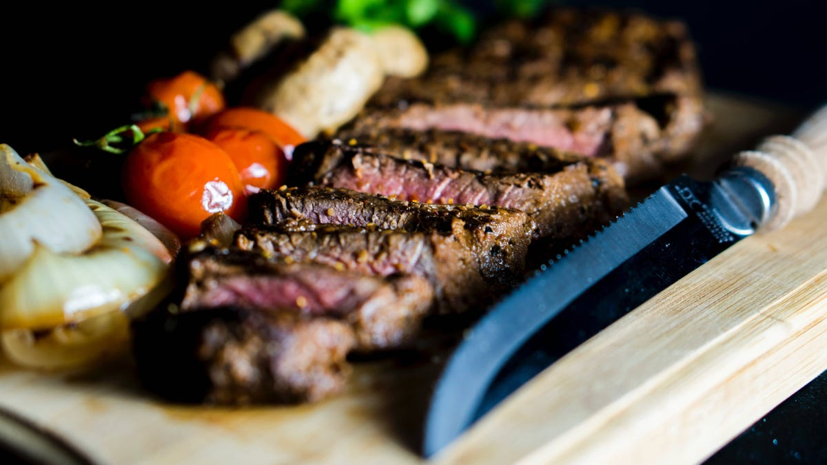 You Can Use Mayonnaise to Sear a Steak
