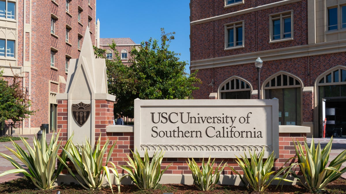 USC Will Eliminate Tuition for Families Making $80,000 or Less