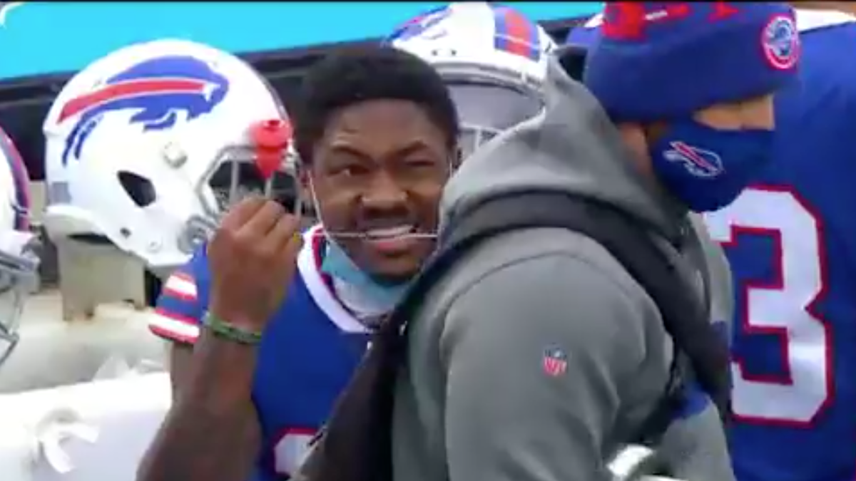 Let Stefon Diggs remind you of your empty New Year's resolution