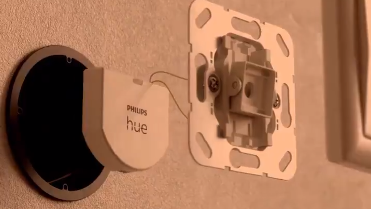Philips Hue's New Gadget Makes Your Existing Dumb Wall Switches Smart