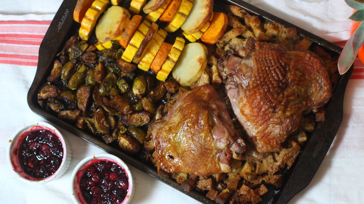 How to Cook Thanksgiving Dinner in a Single Sheet Pan