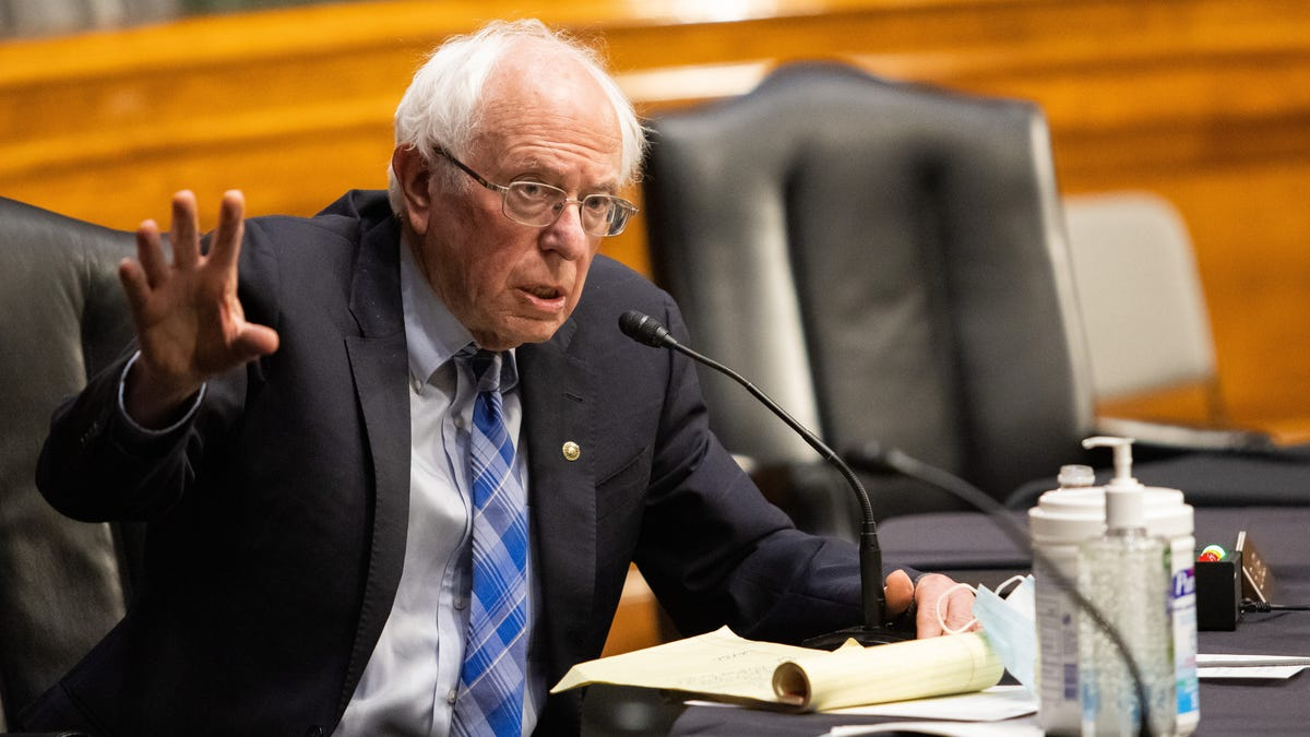 Bernie Sanders Leads Senators in Urging Joe Biden to Expand Medicare