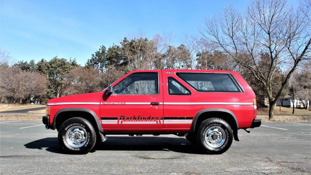 At $4,500, Would You Beat A Path To This 1989 Nissan Pathfinder XE?