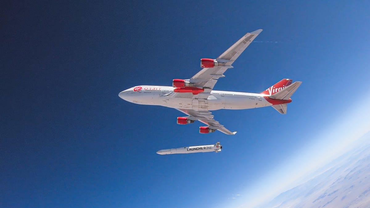 Virgin's LauncherOne Reaches Orbit, Drops Off NASA Satellites