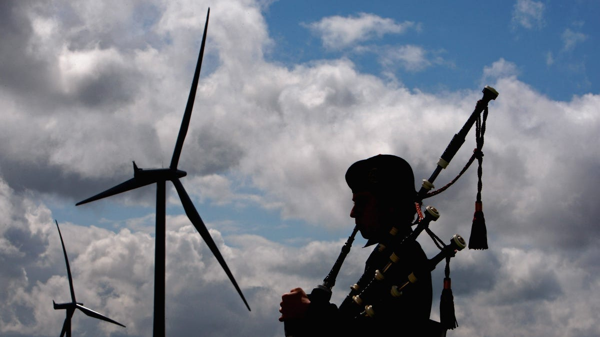 Scotland Is on Track to Hit 100 Percent Renewable Energy This Year, Slàinte Mhath!