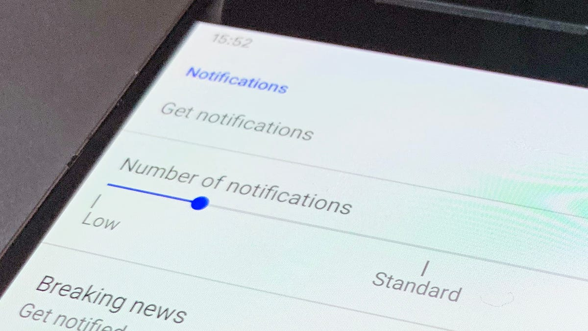 These Are the Only Push Notifications You Should Allow on Your Phone