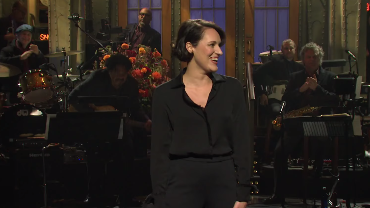 Phoebe Waller-Bridge's Saturday Night Live Opening Monologue Is an Excellent Indoctrination Into the Cult of Fleabag