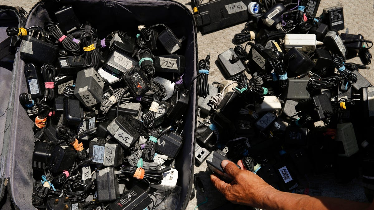 Doctors Warn of Fires Caused by Generic Phone Chargers