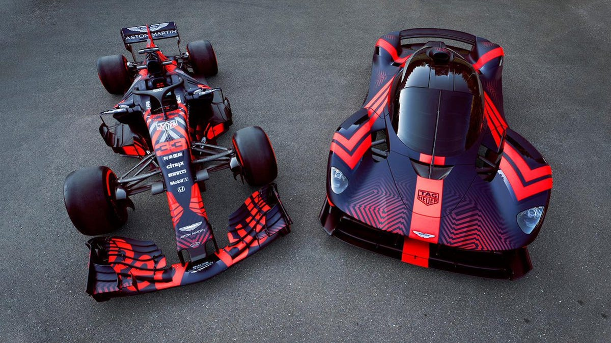 If You Don T Order Your Aston Martin Valkyrie In This Livery