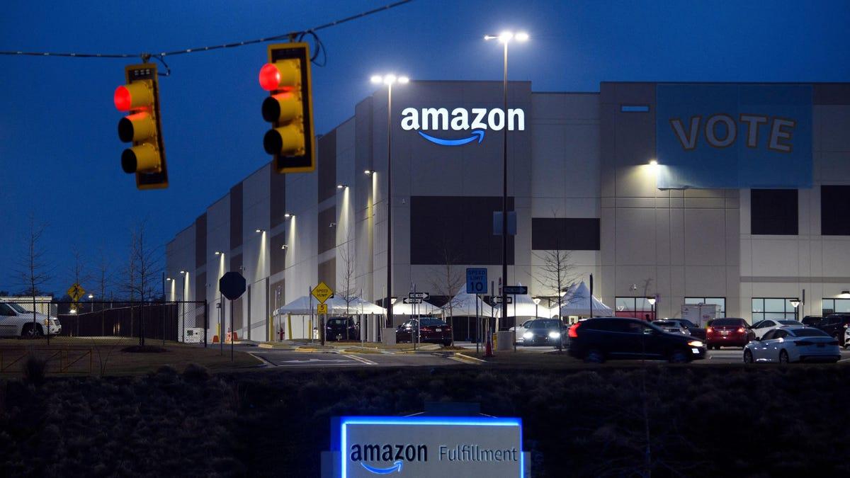Amazon Union Vote Fails in Bessemer, as Union Calls for Investigation