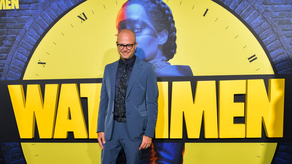 Damon Lindelof would like to do a Marvel or a Star Wars, please