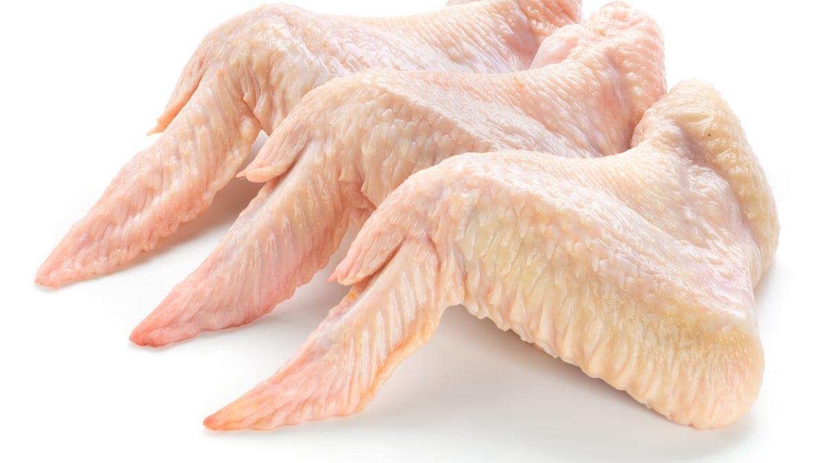Đừng thắc mắc về Coronavirus trên gà đông lạnh