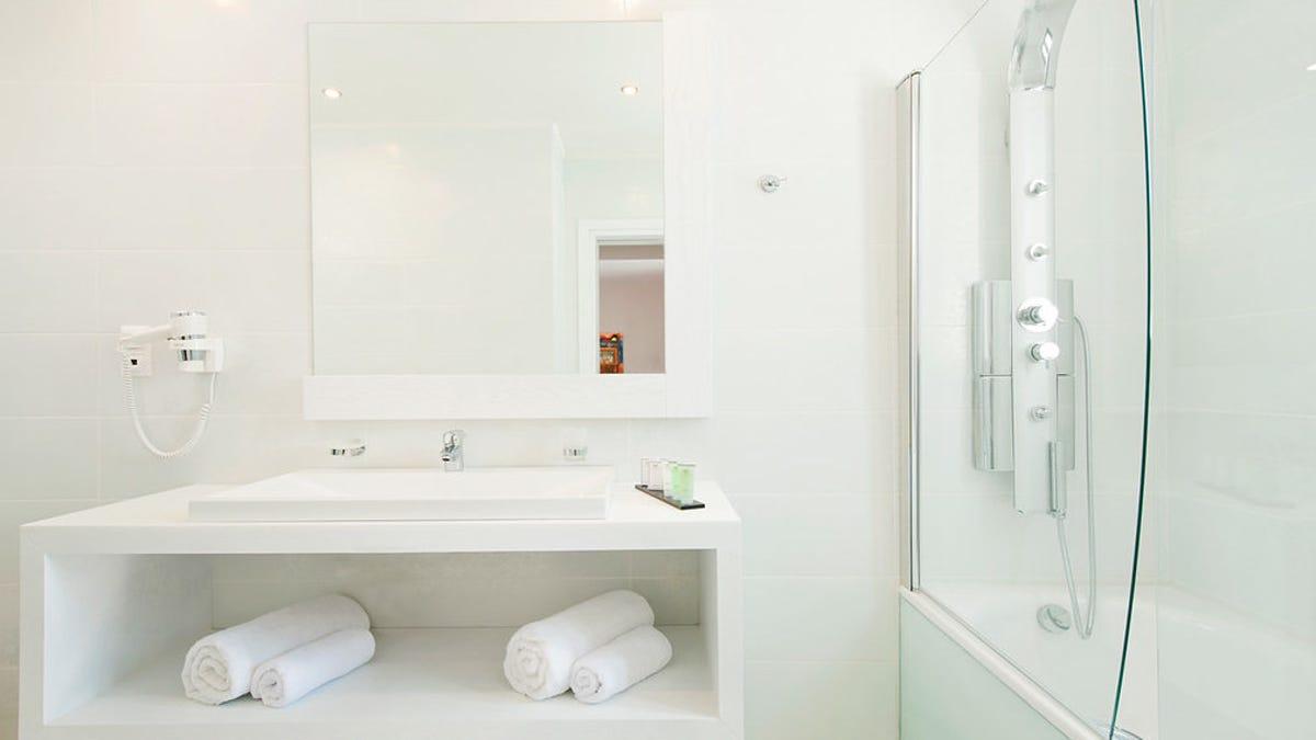 Por qué la mayoría de los hoteles ya no tienen pasta de dientes en las habitaciones