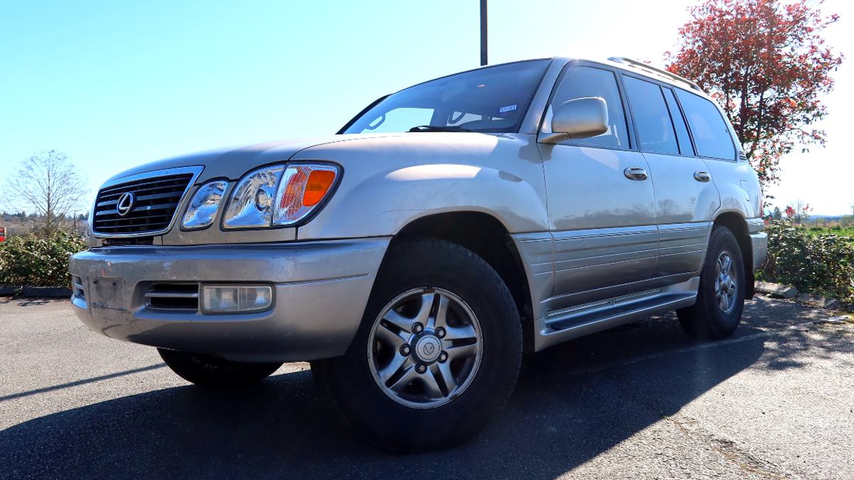 Here's Everything Wrong With My 260,000-Mile Fancy Toyota Land Cruiser (Lexus LX470)