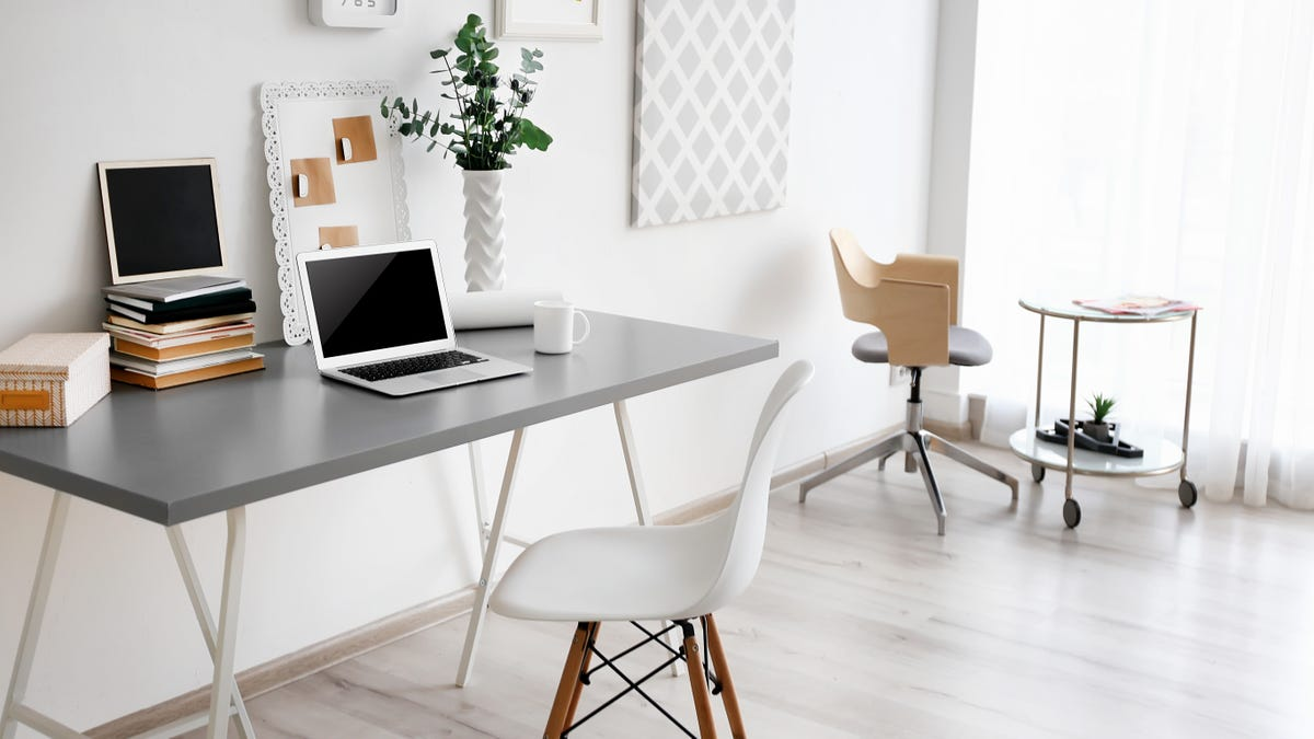 Keep Your Home Office Clean By Setting Up a Cleaning Schedule