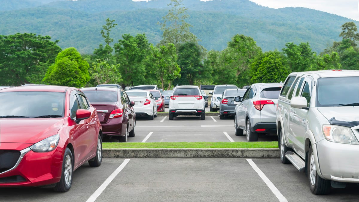 How to Find the Best Parking Spot Every Time