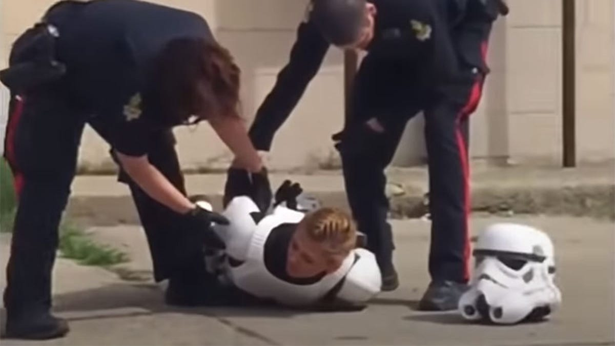 "Star Wars Cosplayer Thrown To The Ground, Arrested For Carrying ""Plastic Gun"""