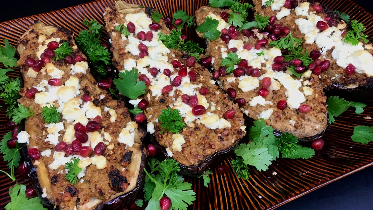 Walnut-stuffed eggplant is a showstopper of a healthy meal
