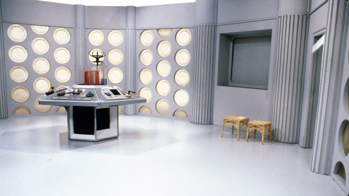Attend a Zoom Meeting From Inside a TARDIS