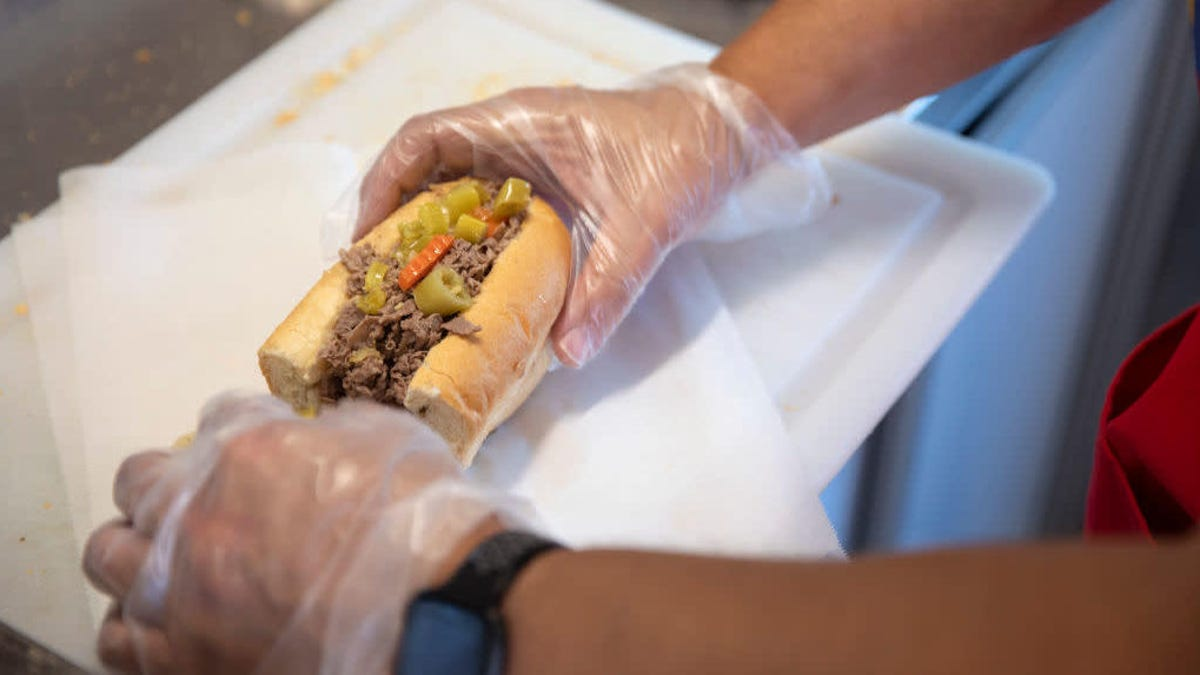 The best way to make a Chicago Italian beef combo at home