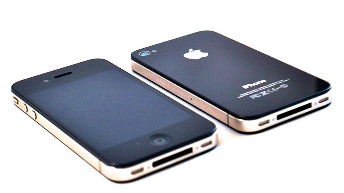 How to Turn Your Old iPhone Into a Cute Minimalistic Feature Phone