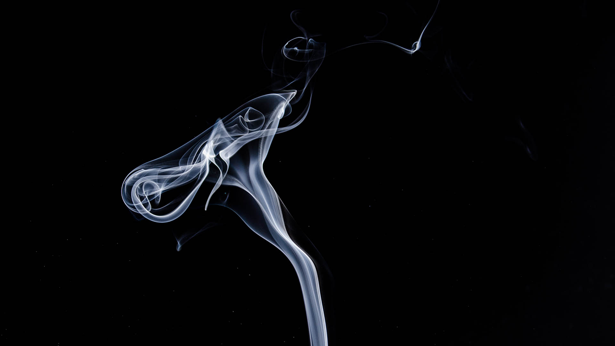 Your Coworker's Outdoor Smoke Break Could Still Contaminate