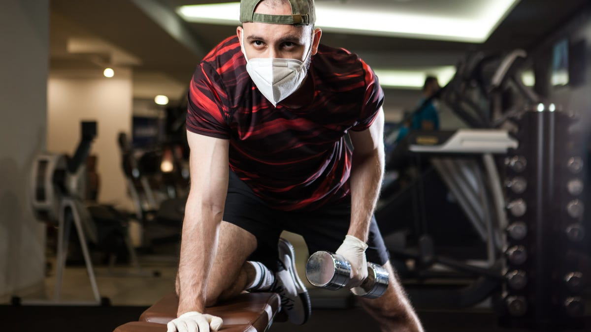 How to Stay Safe When You Go Back to the Gym
