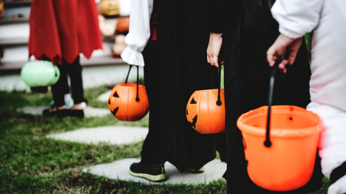 How to Find the Perfect Halloween Costume for Kids With Disabilities