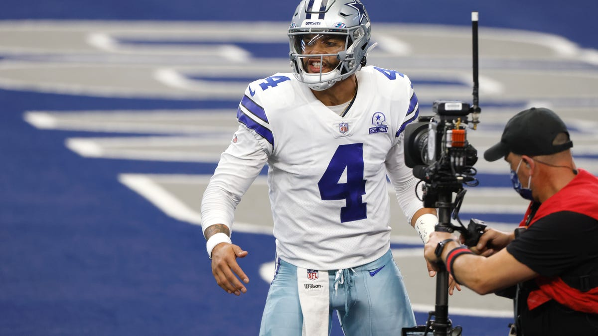 Dak Prescott to make record M this season after inking 4-year, 0M deal to stay in Dallas