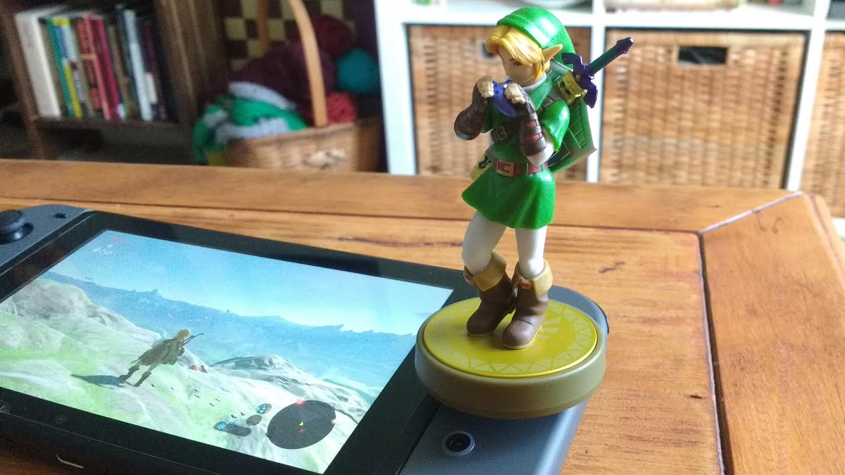 Zelda: Breath Of The Wild Players Are Tricking Amiibos To Grind For Rare Loot